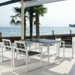 Set Da Giardino Con Tavolo E Sedie Quick In Alluminio E Wpc, Con 4 Sed